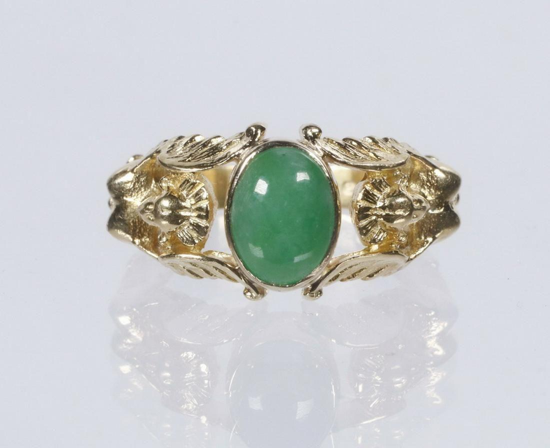 HANDMADE APPLE GREEN JADE RING IN 18K GOLD