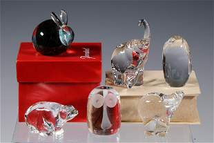 (6) ANIMAL FORM PAPERWEIGHTS