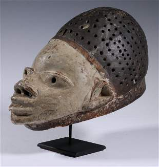 AFRICAN MASK WITH METAL STAND