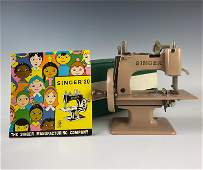 Singer 20 Sewhandy Child Toy Model Sewing Machine