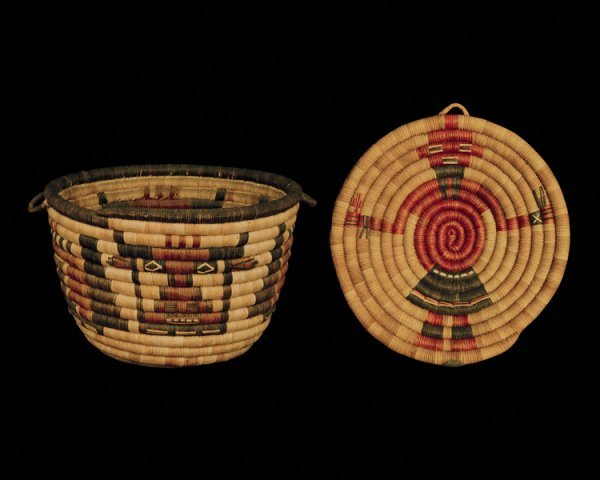 518: A pair of Hopi coiled baskets, second quarter of t