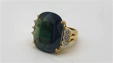Natural Green Sapphire Ring 18k Gold  17.5 Carat 7.5