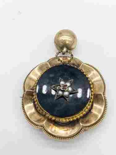 10k gold Victorian onyx ruby & seed pearl Brooch