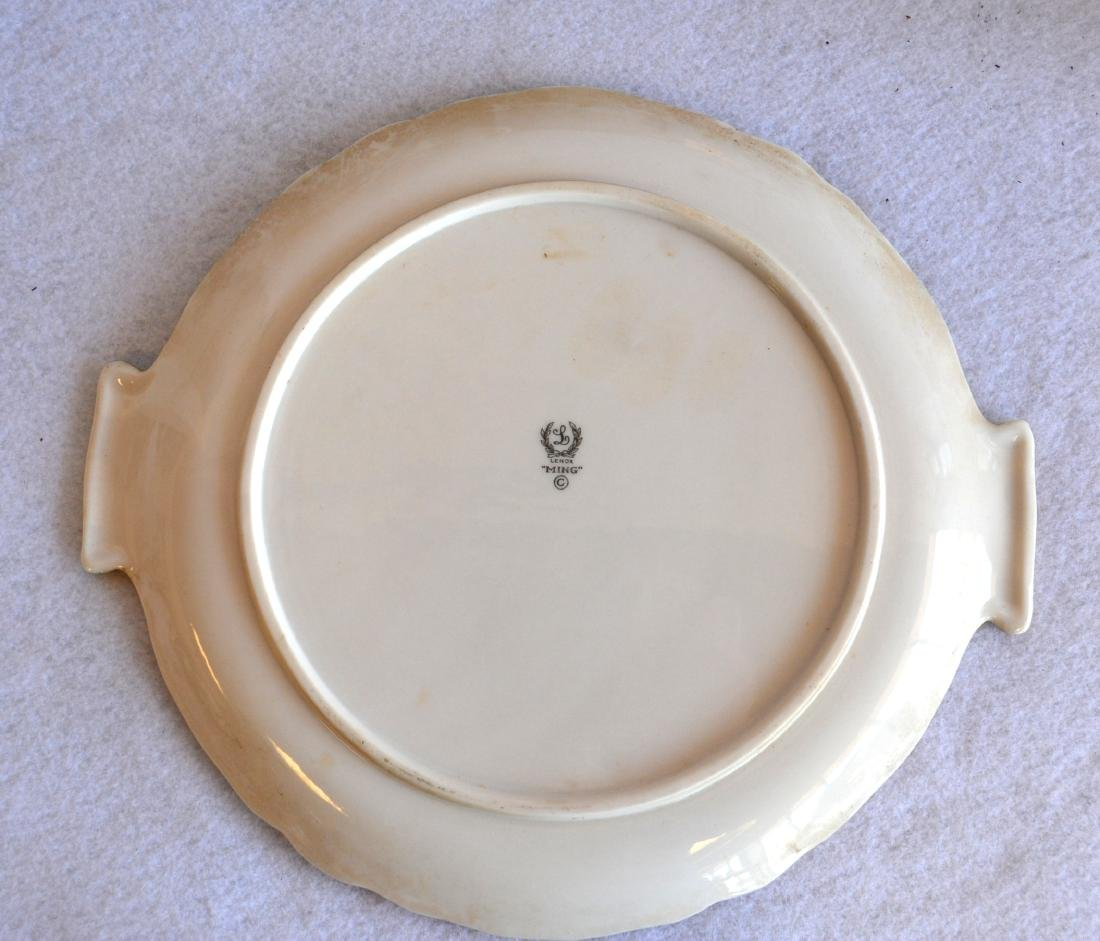 Set of Lenox china in the Ming pattern to include: six - 3