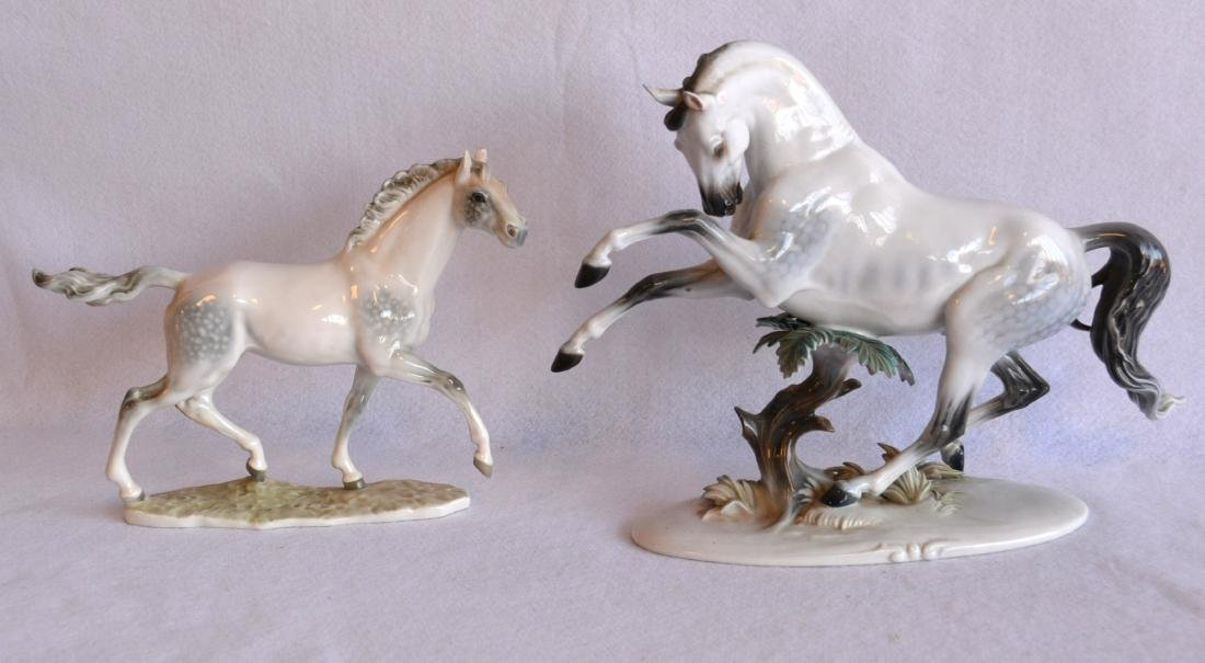 Two beautiful horse figurines: Signed Rosenthal