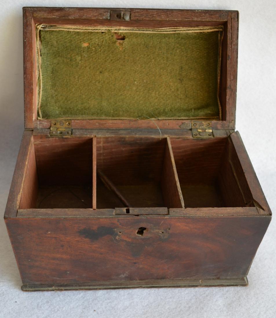 Grouping of 3 decorative items: 1) Liquor set hidden - 4