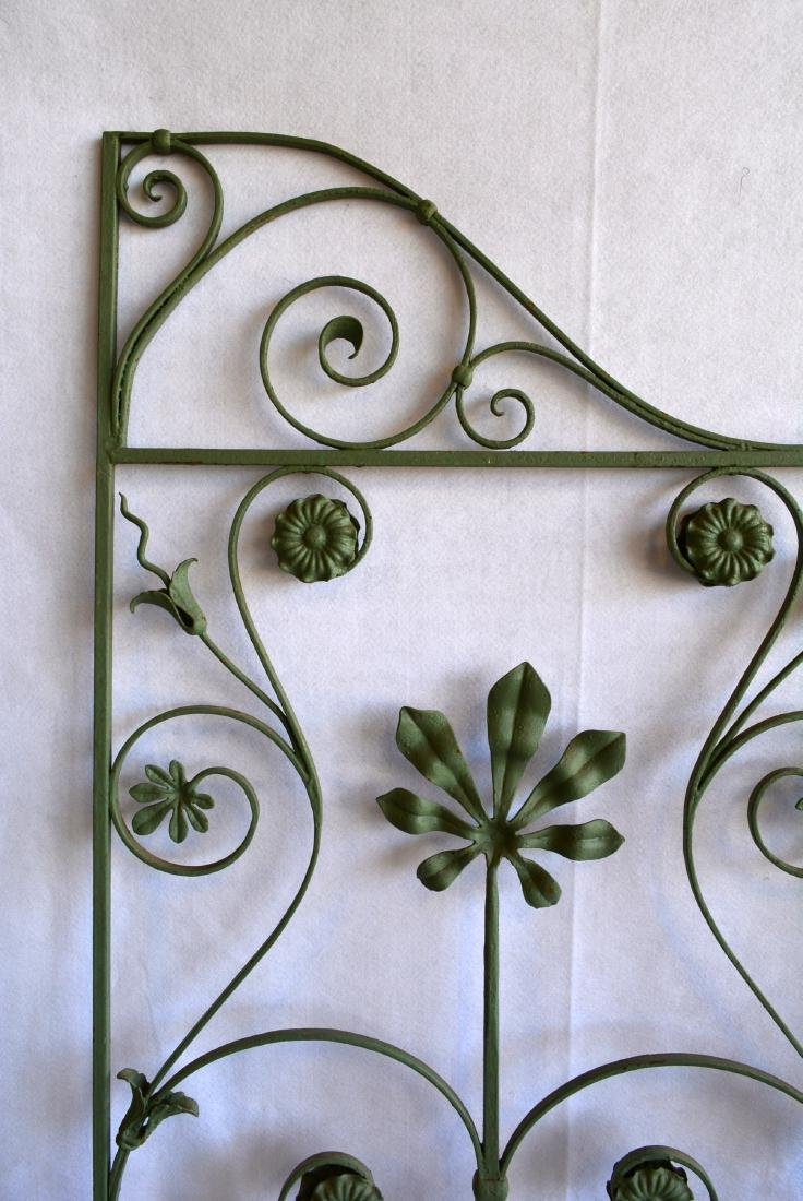 Single section of cast iron garden fencing in floral - 3