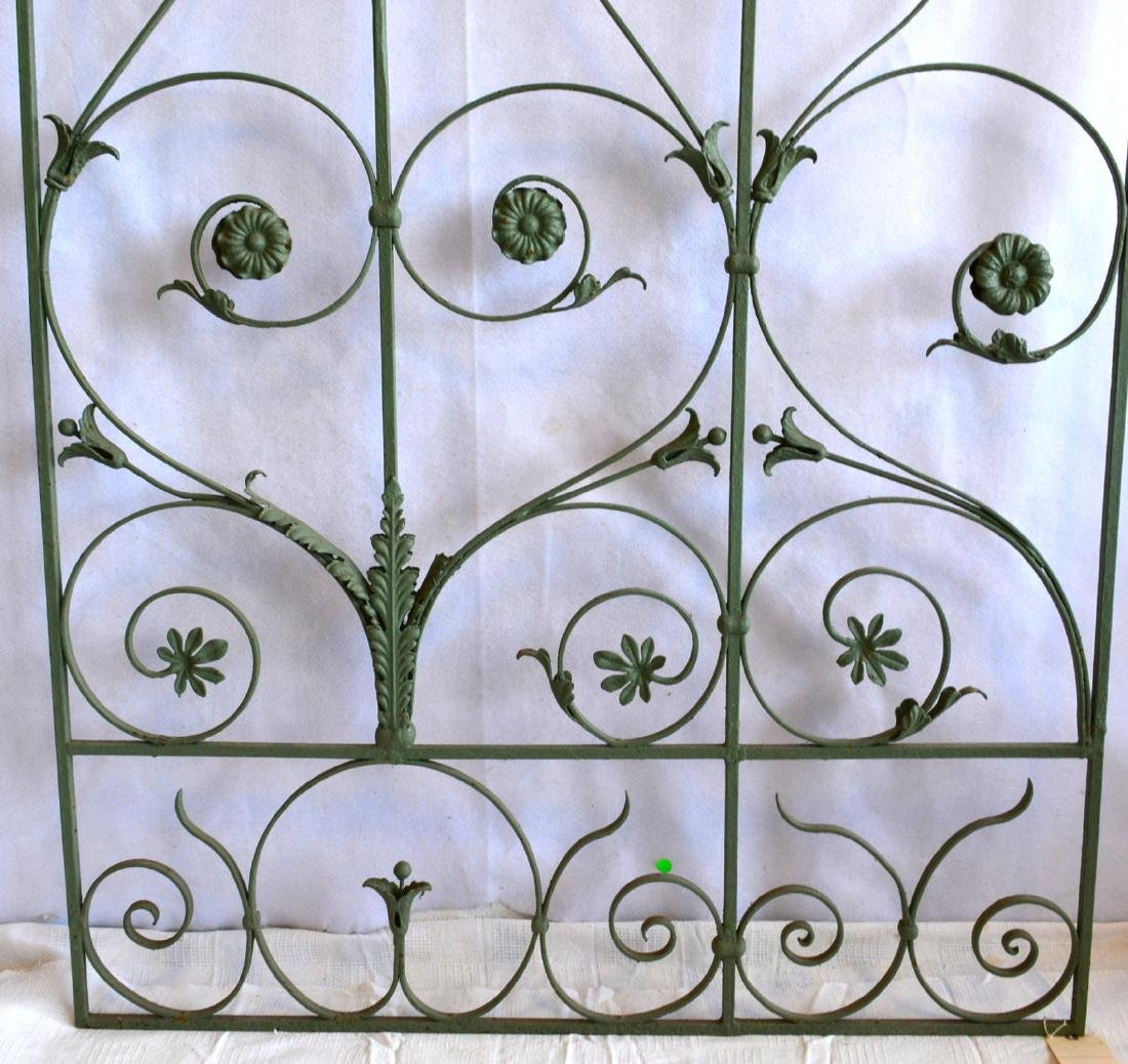 Single section of cast iron garden fencing in floral - 4