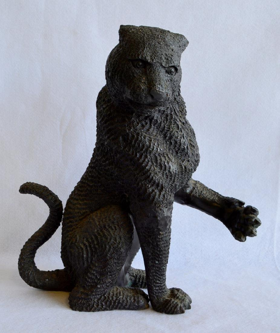 """Exceptional bronze seated panther – marked on base """"W"""""""