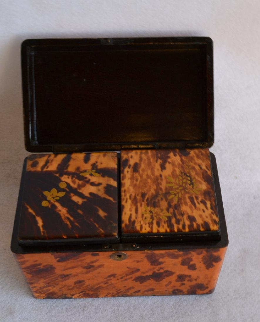 Oriental lacquered tea caddy decorated with faux - 4