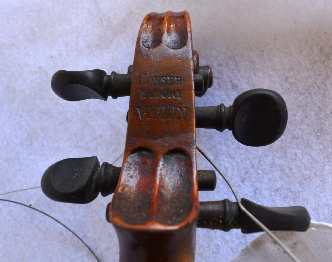 Violin with strong tiger maple on neck and back. - 5