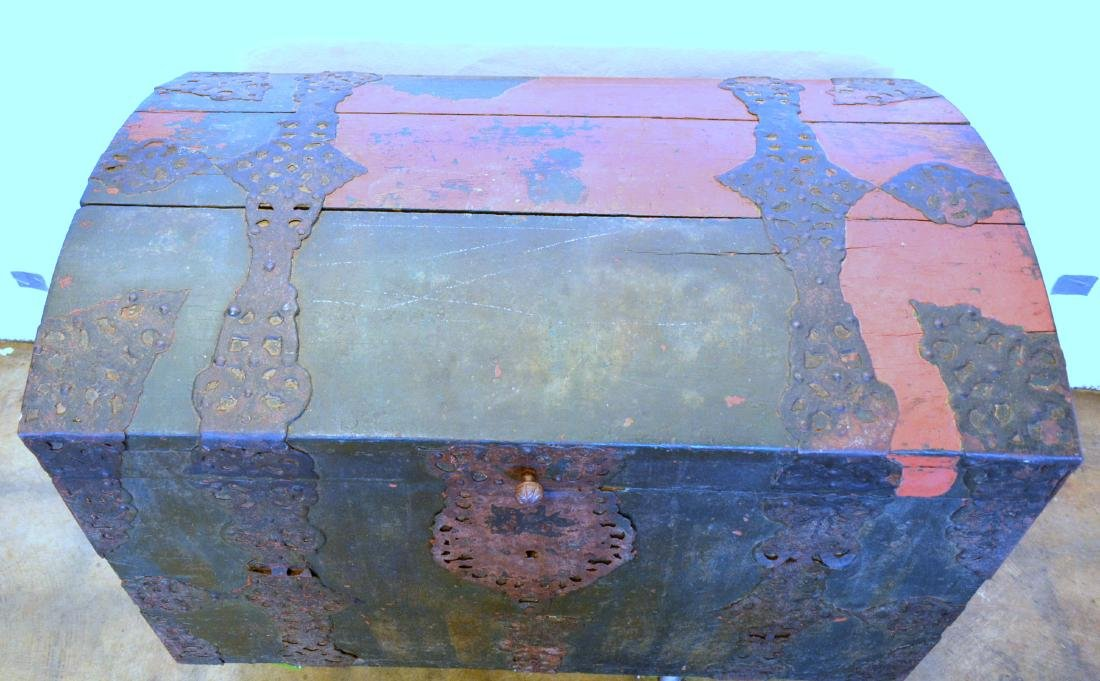 Rare 17th century dome top wooden storage chest with - 2