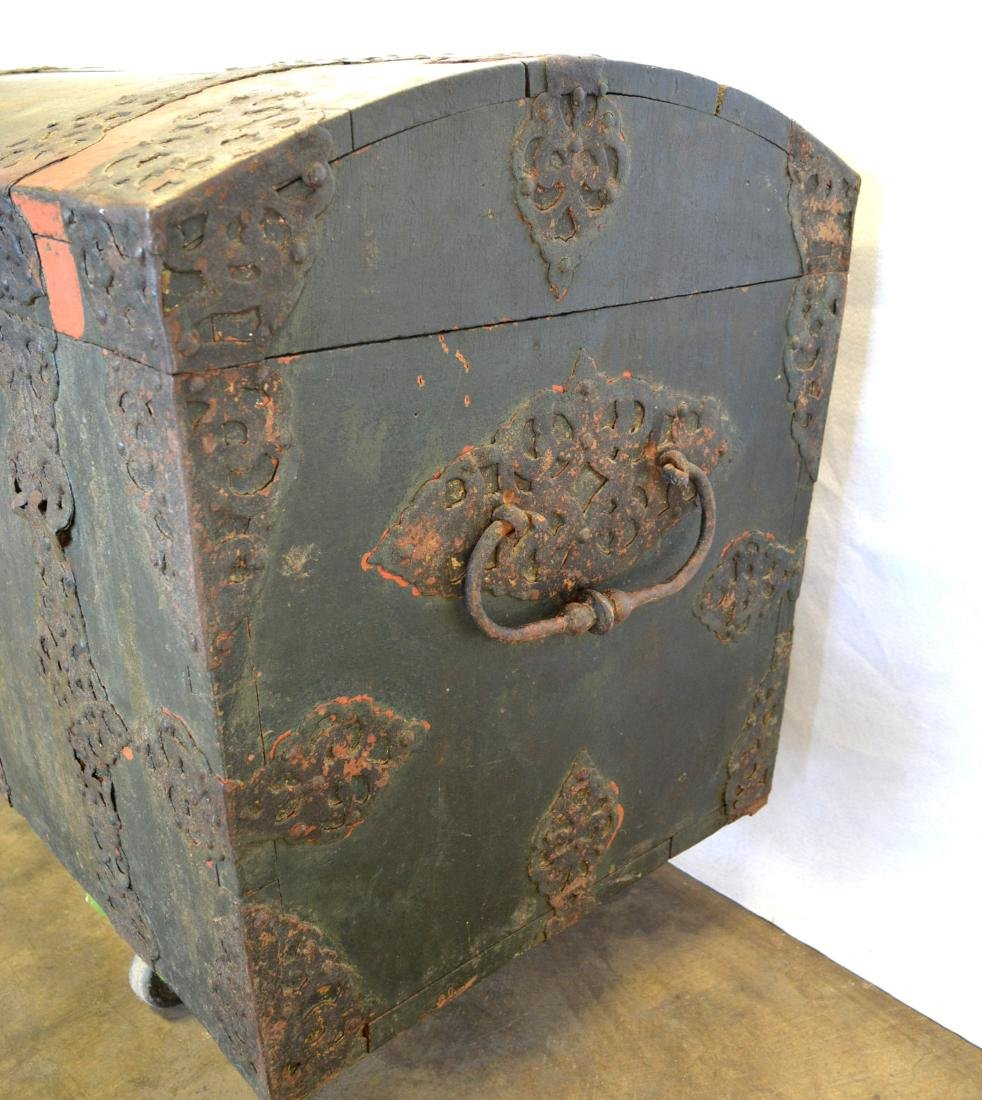 Rare 17th century dome top wooden storage chest with - 4