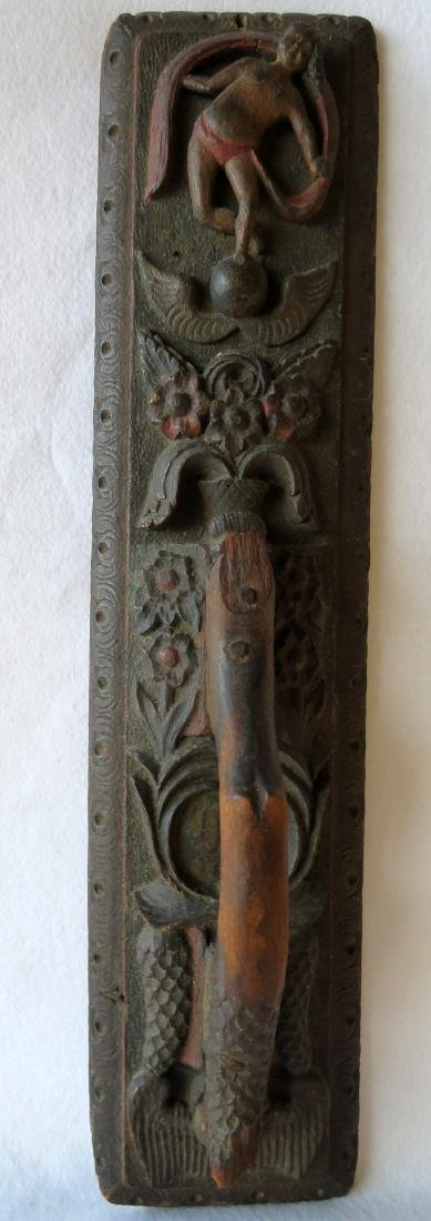 Heavily carved mangle board - 18th century - to be