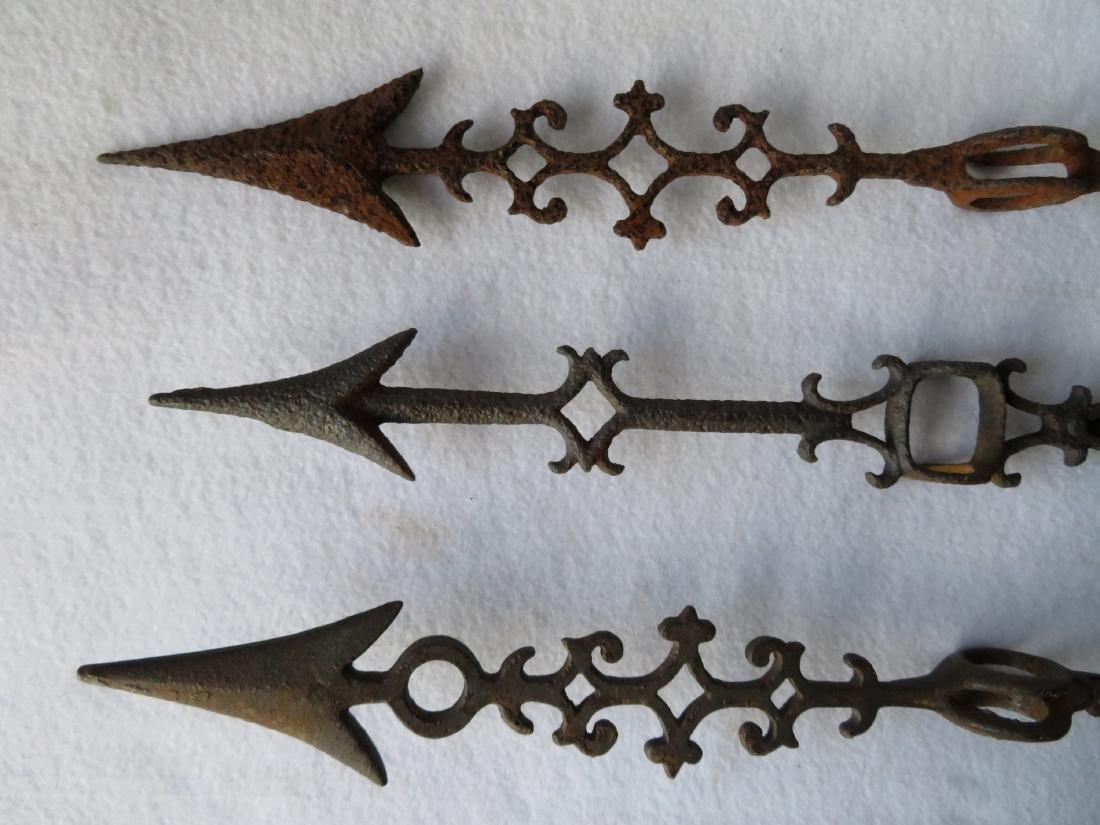 Three lighting rod arrows including: 1) Rippled - 4