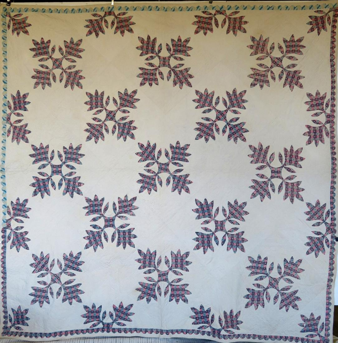 Large applique quilt in the oak leaf pattern - mid to