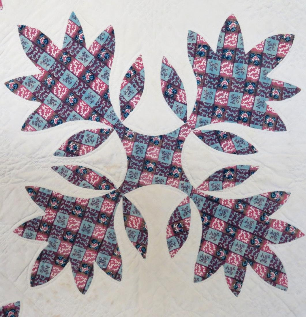 Large applique quilt in the oak leaf pattern - mid to - 2