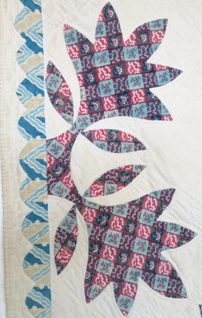 Large applique quilt in the oak leaf pattern - mid to - 3