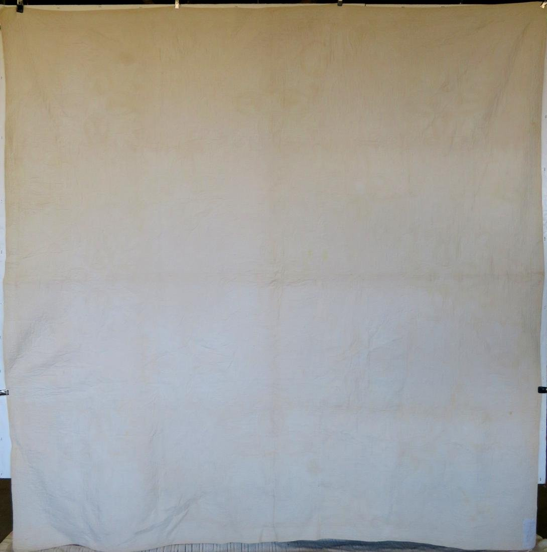 Large applique quilt in the oak leaf pattern - mid to - 5