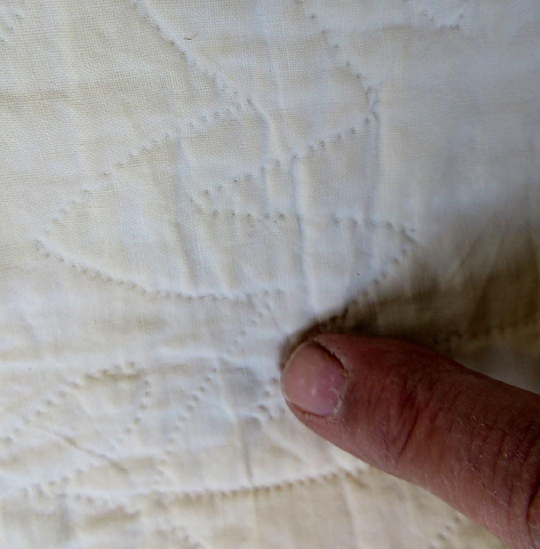 Large applique quilt in the oak leaf pattern - mid to - 7