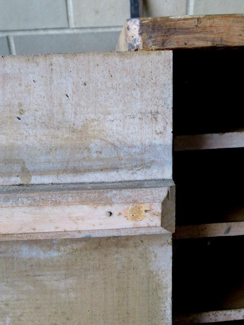 Hanging single door wall cupboard in original paint - 3 - 4