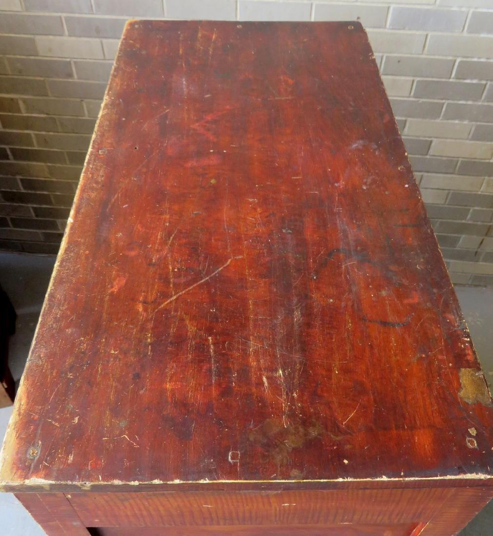Country Sheraton grain painted chest having 4 reverse - 7
