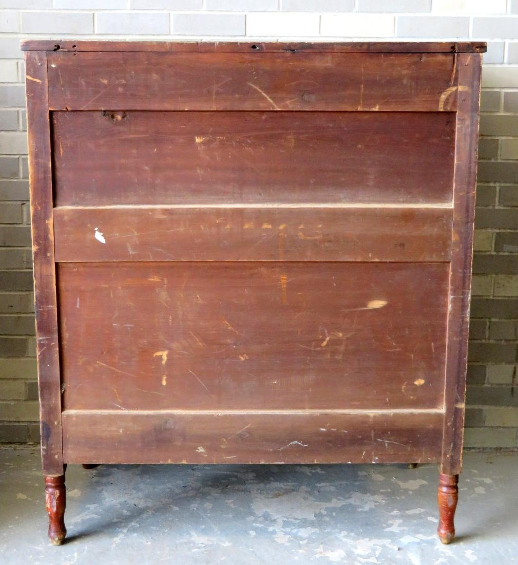 Country Sheraton grain painted chest having 4 reverse - 8