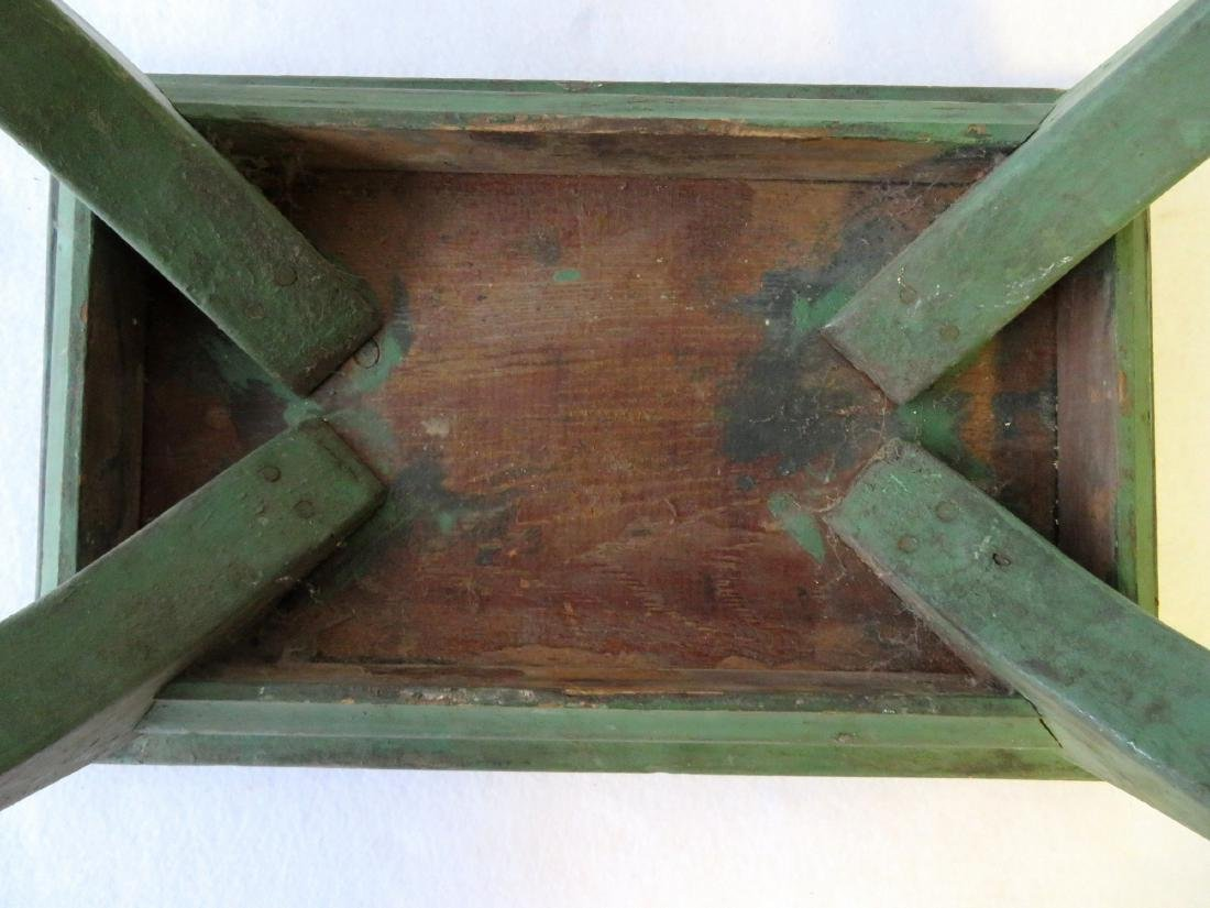 Cricket stool in original green paint - late 19th - 4