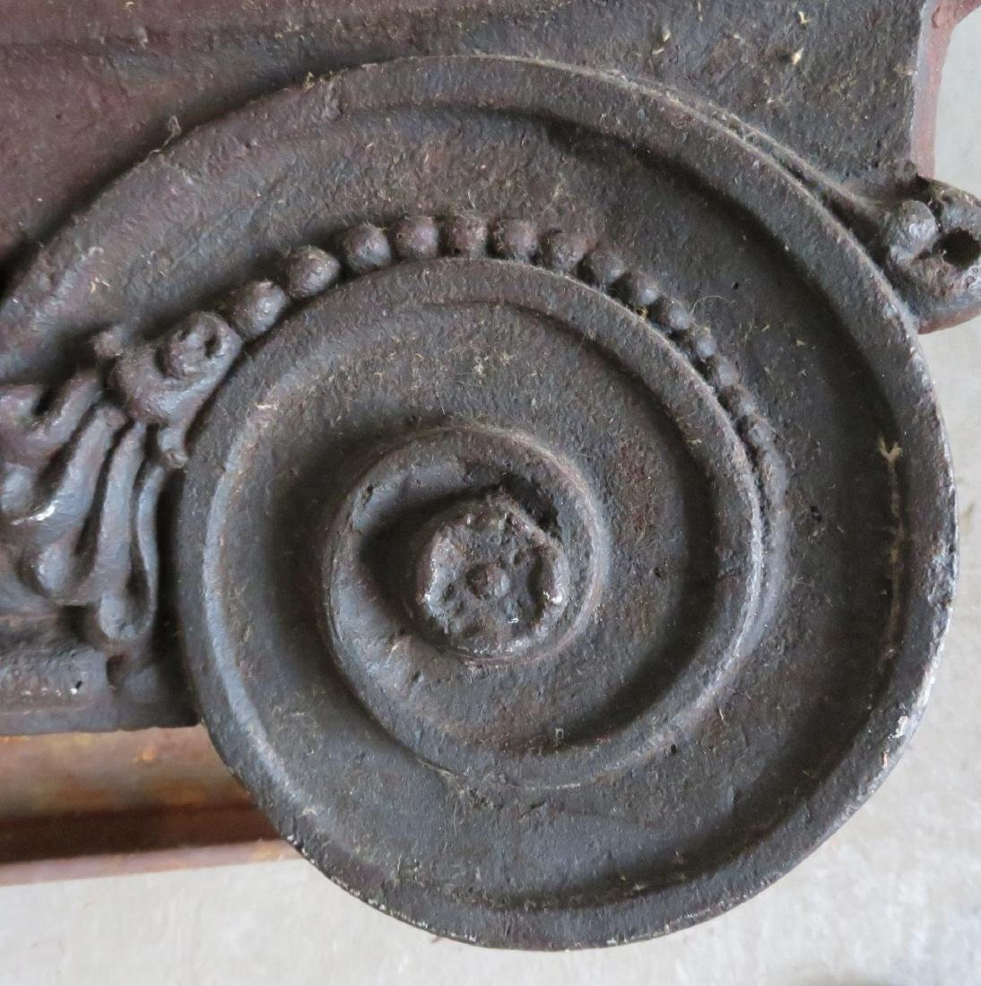 A pair of 19th century cast iron building ornaments - 2