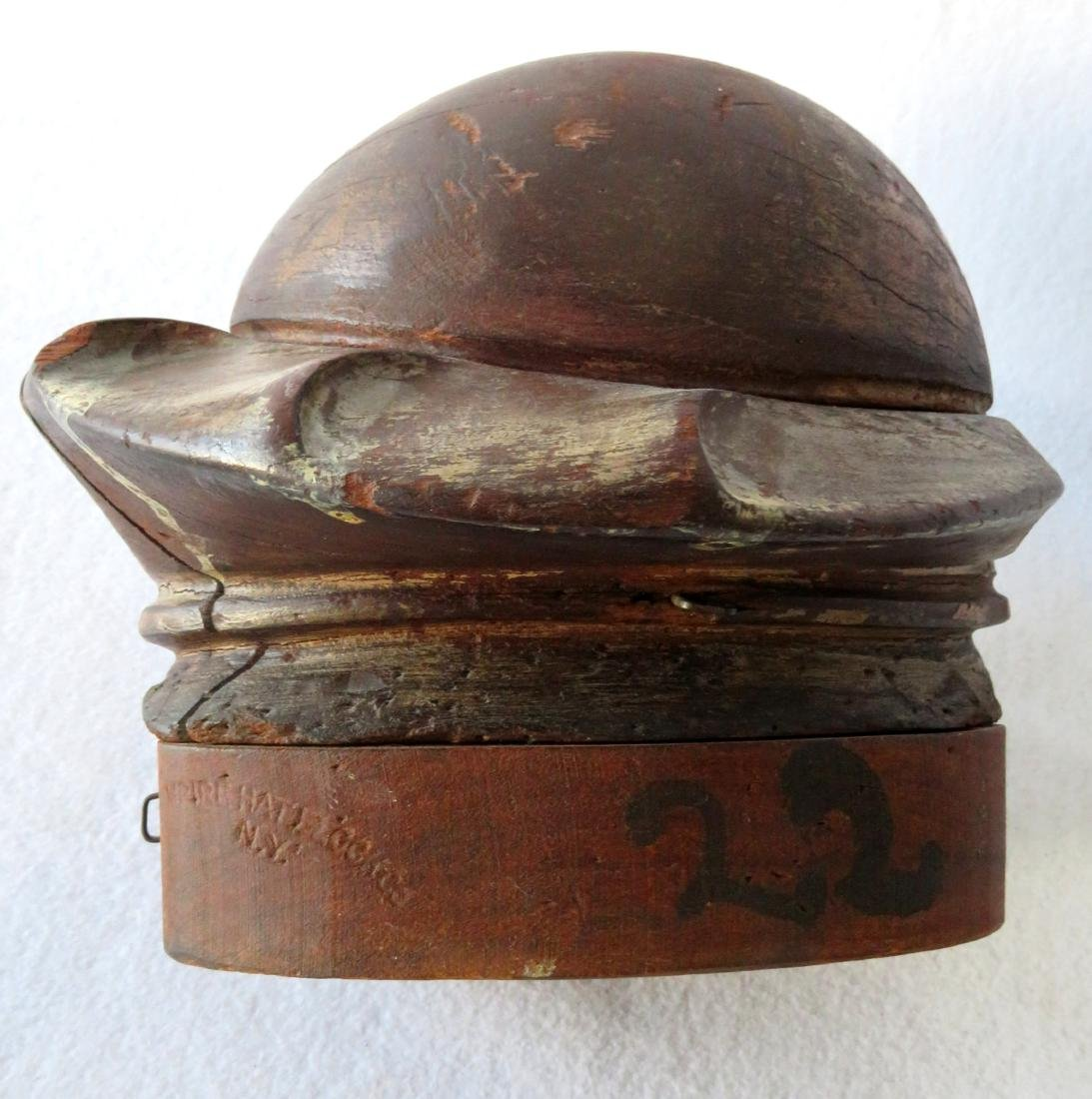 Early wooden hat mold composed of removable sections - 3