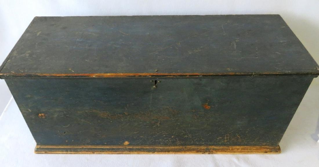 Hudson Valley blanket box in original blue paint with - 2