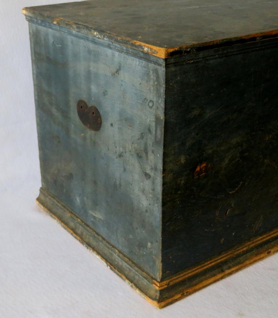 Hudson Valley blanket box in original blue paint with - 8