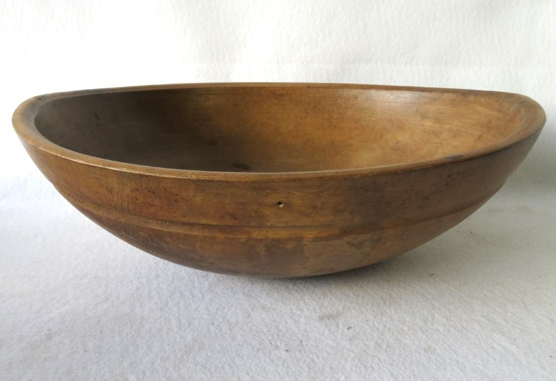 Five primitive turned bowls, 19th century, ranging in - 3