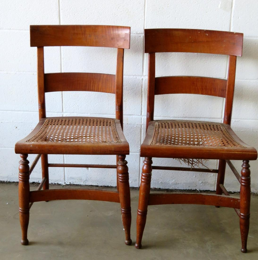 Set of 10 Sheraton maple and tiger maple DR chairs with - 6