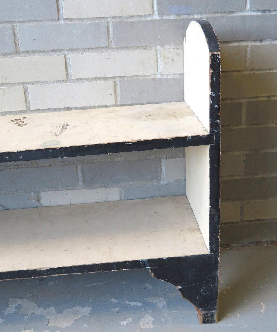 Bucket bench with 2 shelves in old white paint with - 2