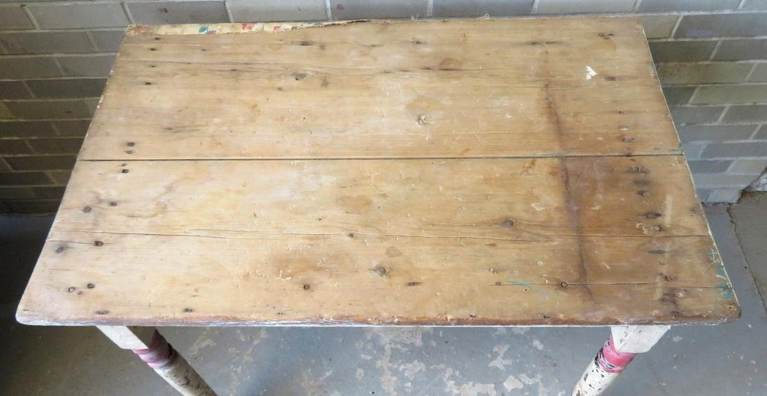 Small primitive kitchen work table with turned legs in - 2