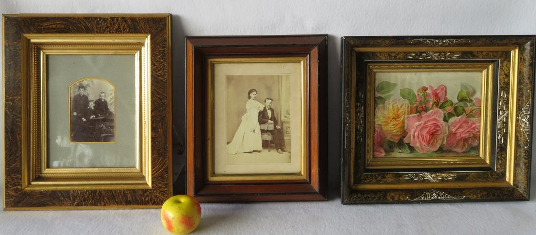 Three beautiful Victorian picture frames, all with gold - 2