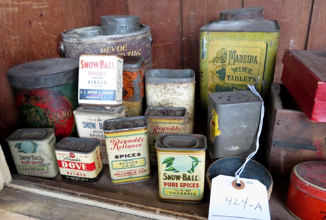 Large lot of advertising tins including Clay's Blend - 3