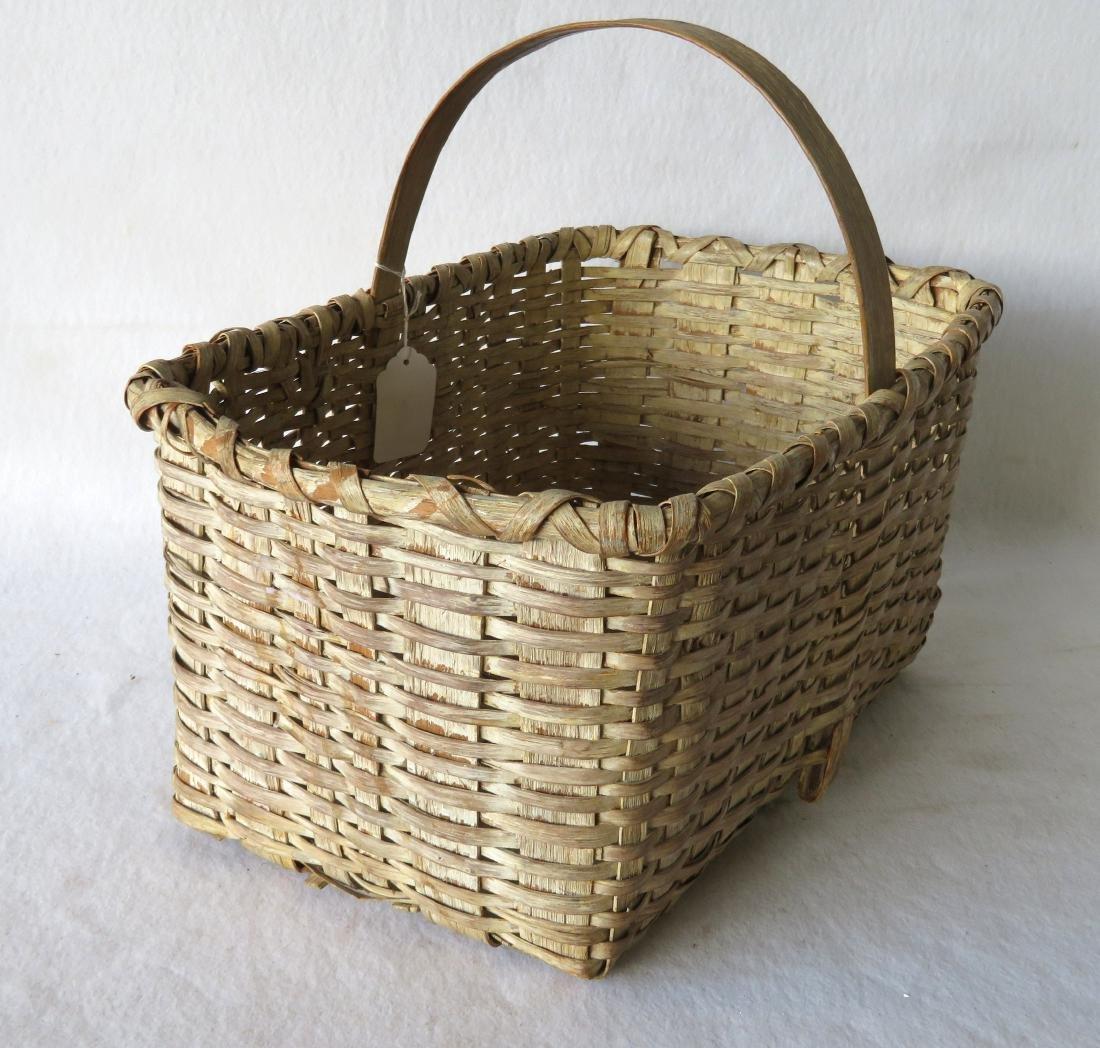 Early splint market basket in old white paint, 19th - 2