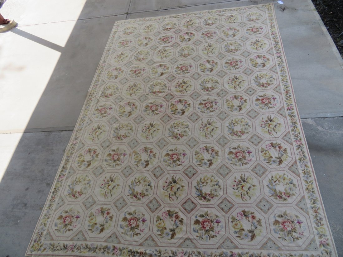 Large Aubusson floral needlepoint rug. - 2