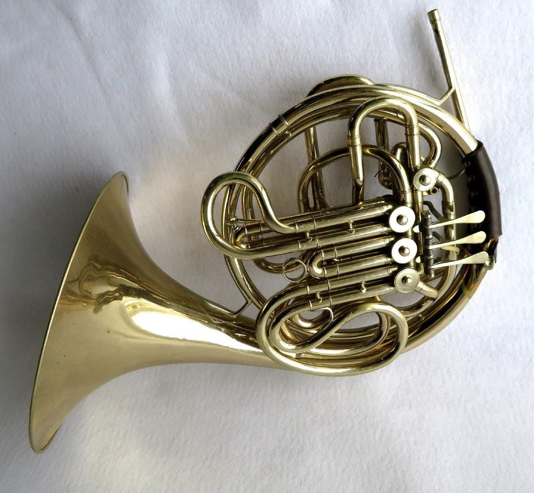 French horn -Signed C.G. Conn Ltd, USA. - full double
