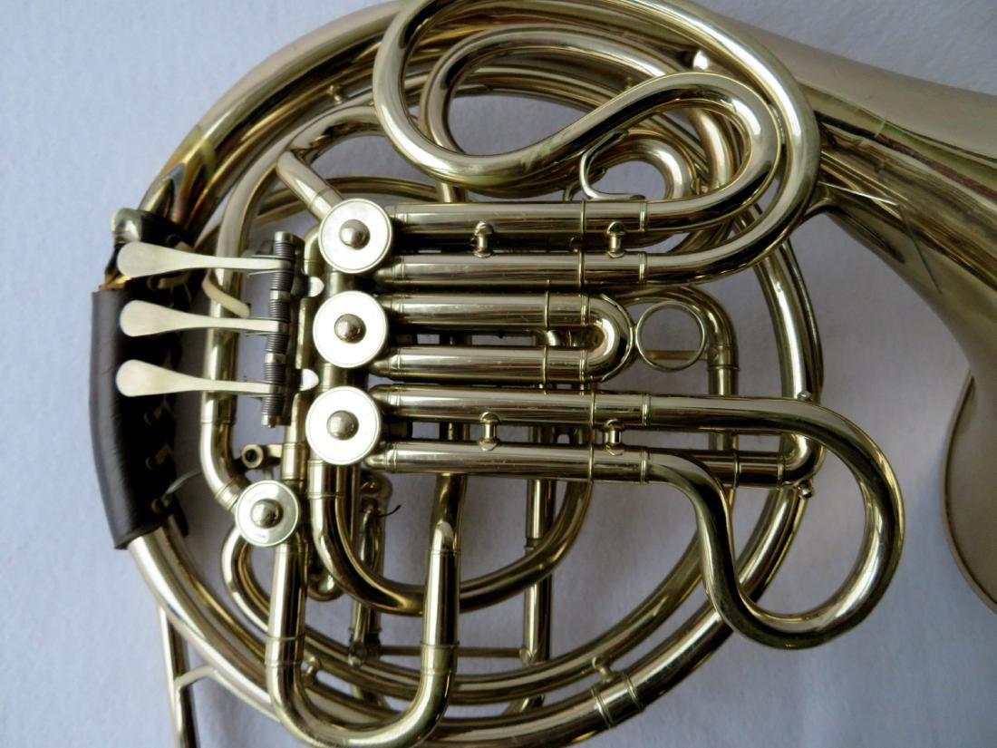 French horn -Signed C.G. Conn Ltd, USA. - full double - 2