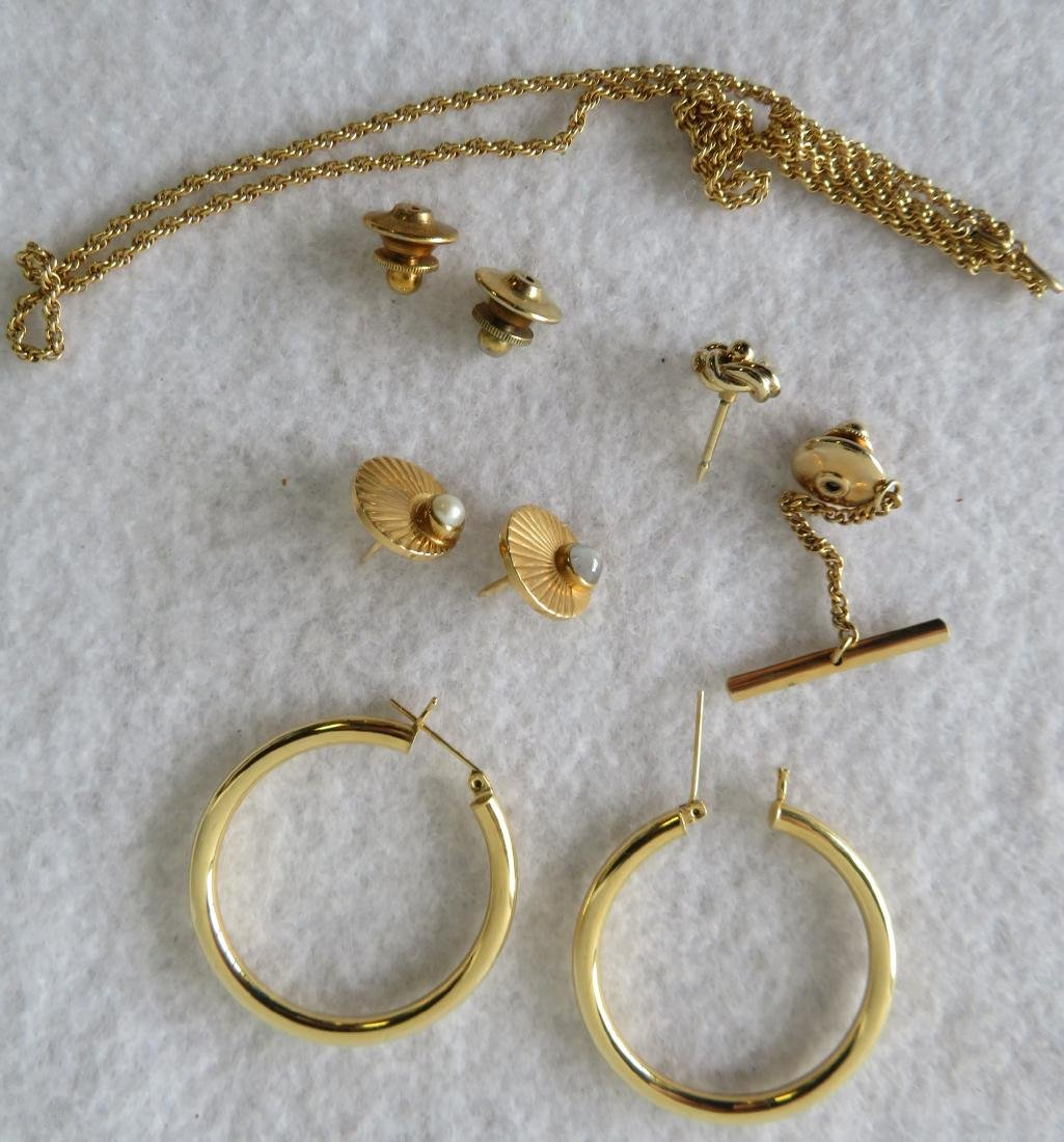 Group of gold jewelry, most 14k, and 1 tie tack 10k.