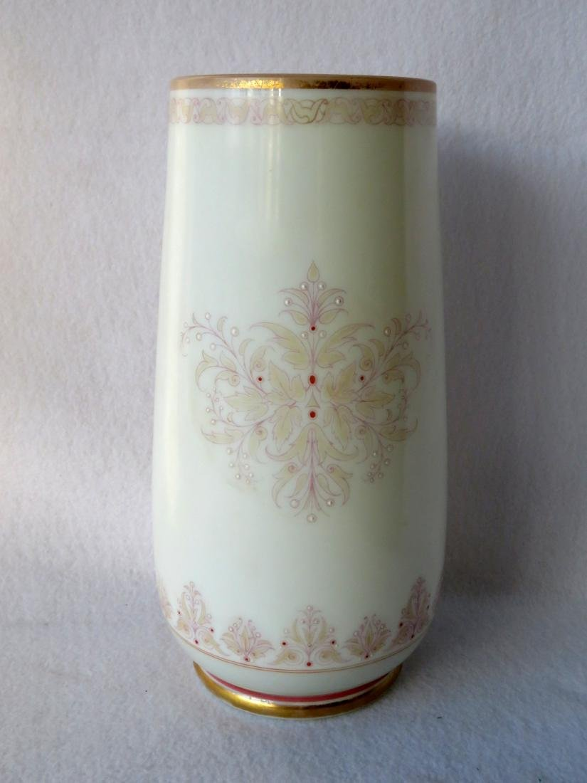 Large Victorian Bristol vase with hand painted portrait - 5