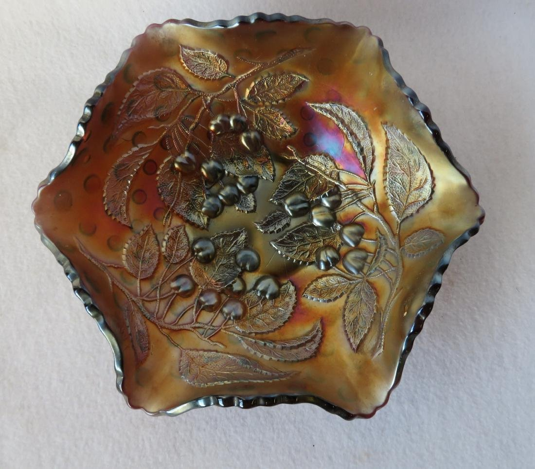 Three pieces of vintage Carnival glass including one in - 3