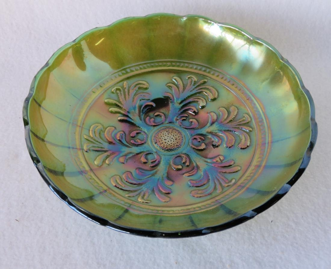 Three pieces of vintage Carnival glass including one in - 7