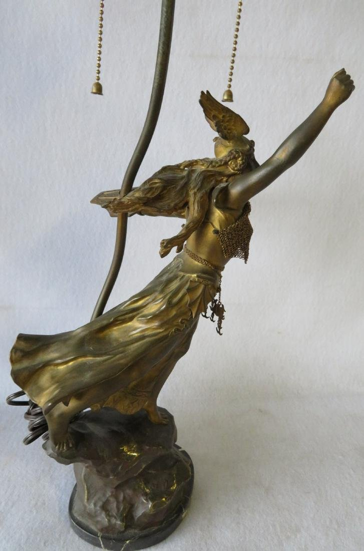 A Norse Valkyrie mythological figural bronze table lamp - 4