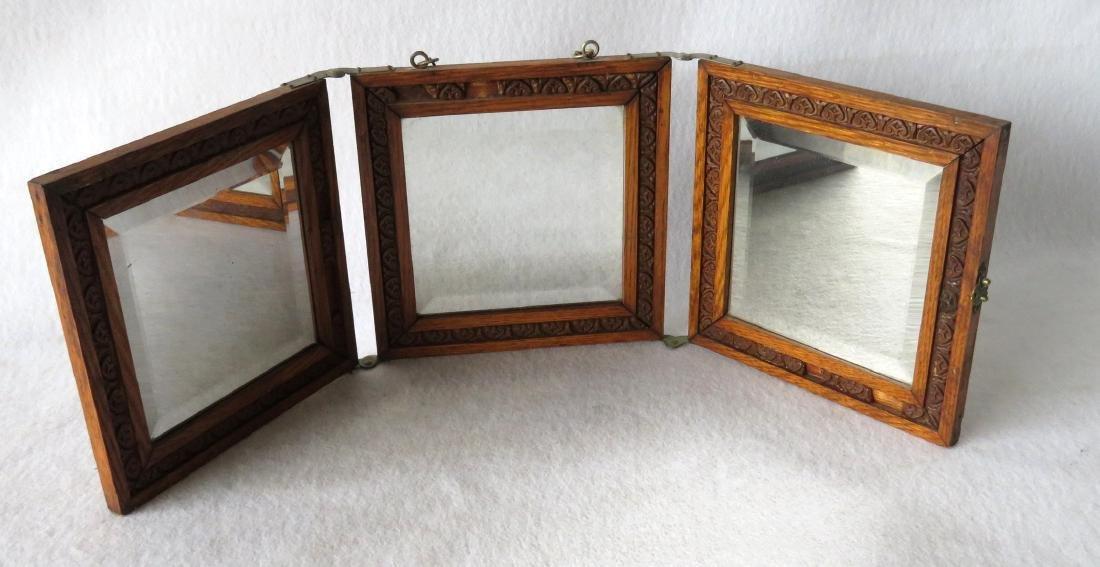 Oak folding beveled glass dresser mirror, early 20th
