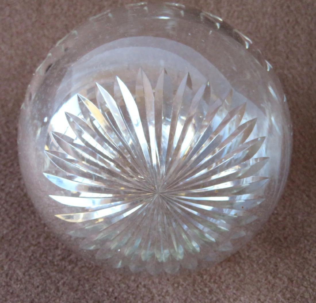 An cut crystal ball, possibly a Christmas ornament, - 2