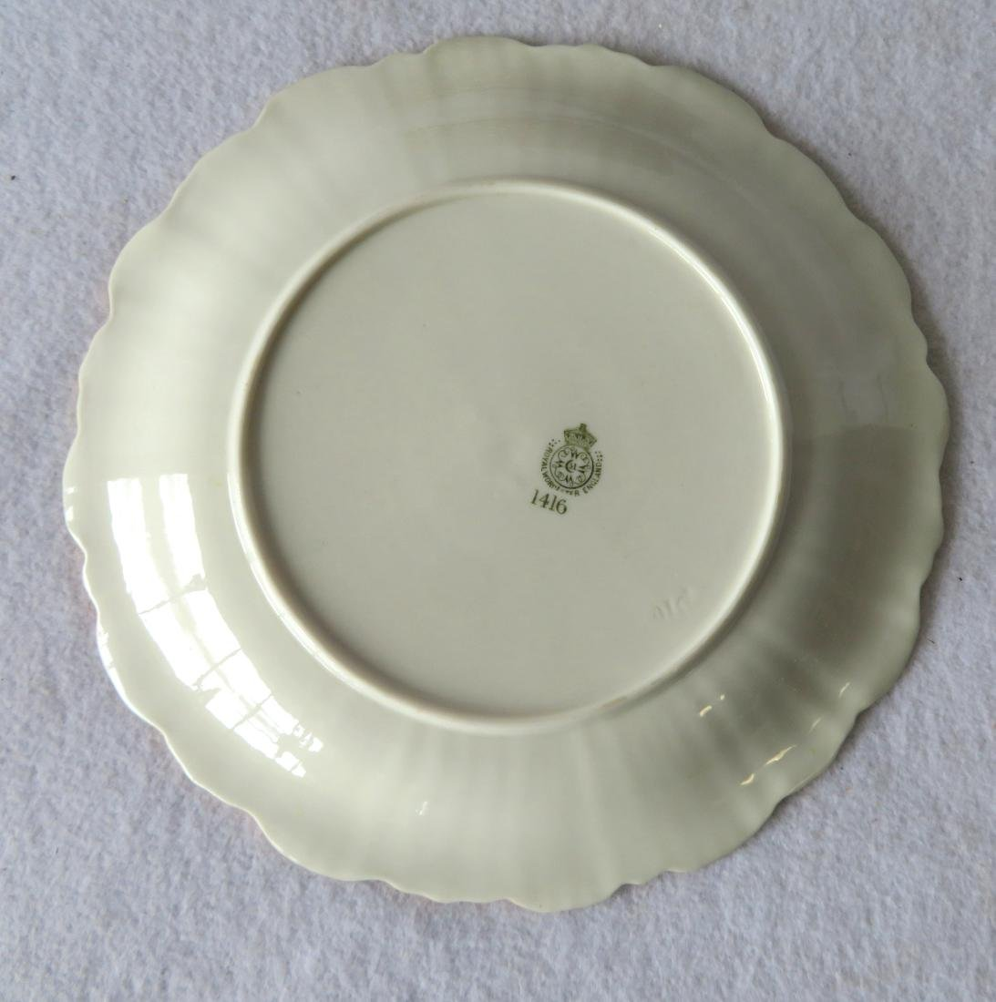 Set of 12 Royal Worcester luncheon plates gold/green - 3